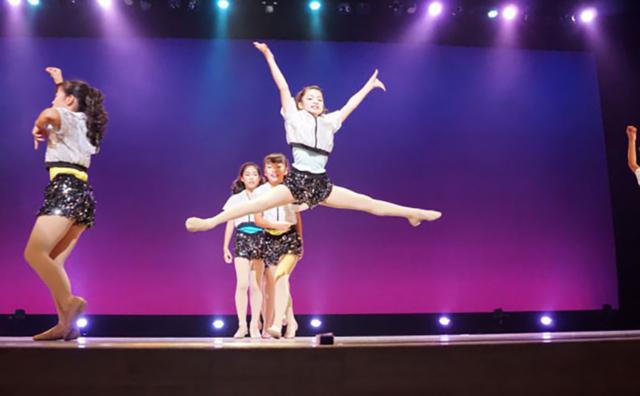 川口市文化祭モダンバレエ・ダンスコンサートに出演